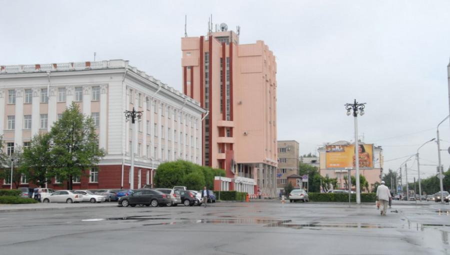 Главный корпус АлтГУ.
